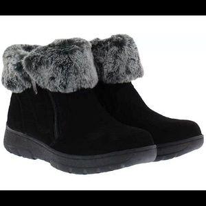 Khombu Jessica Black Suede Leather Boots NIB